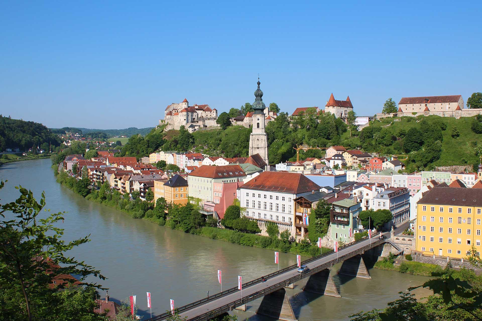 Burghausen aus Österreich